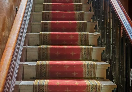 Ihr neuer Treppenlift wartet auf Sie