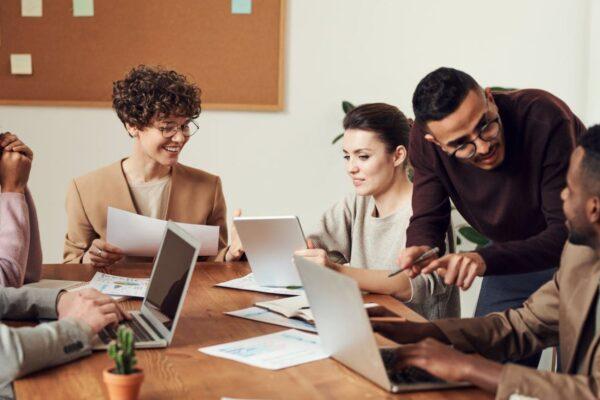 Die Büroeinrichtung – Wichtiger Faktor für die Arbeitsatmosphäre